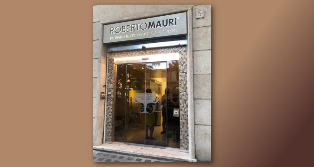 Ingresso dello studio di trucco permanente Roberto Mauri in viale Pinturicchio 76 Roma.